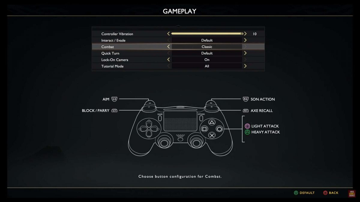 Gameplay menu with options to adjust controller vibration, change interact/evade config, select combat and quick turn mode, lock on camera.