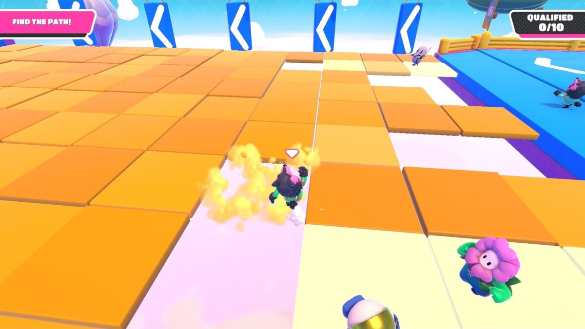Floor tiles disappearing under the player, making him fall, with the path in a lighter color.