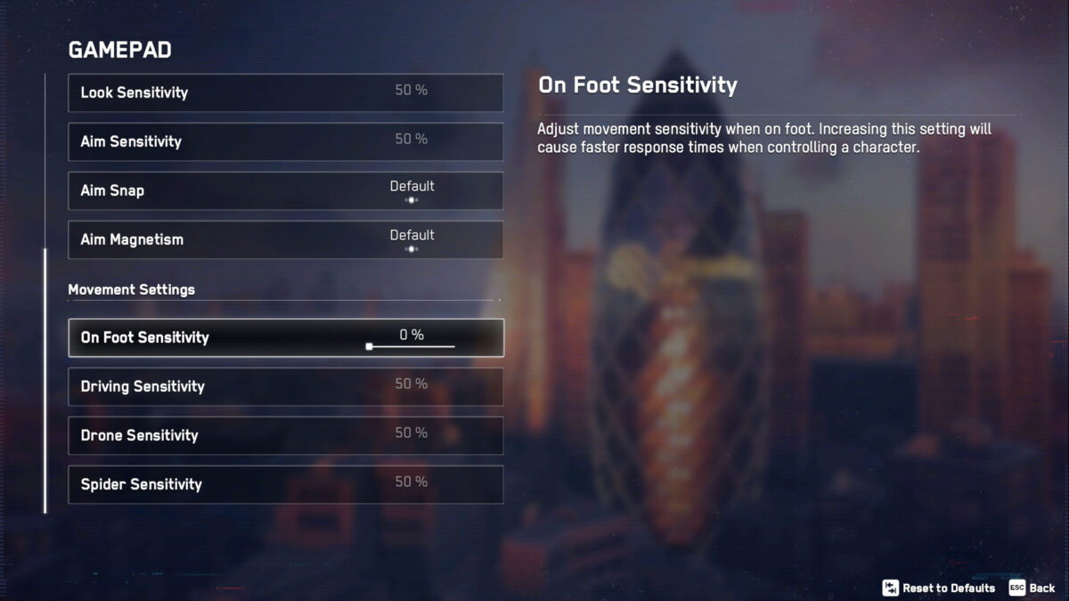 Gamepad menu with Look and Aim sensitivity sliders, Aim Snap, Aim Magnetism, On Foot, Driving, Drone and Spider Sensitivity.