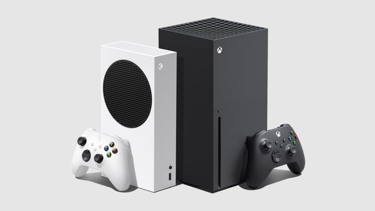 Xbox Series S next to a Series X. The S is white and small and the X is black and large.
