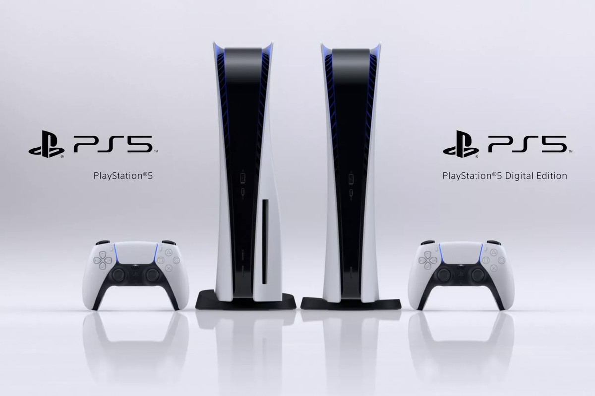 PS5 standard edition to the left, which is slightly larger than the digital edition to the right